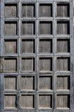 一个古色古香的木门的纹理从第16个和第17个cen的 免版税库存照片