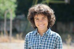 一个可爱的十几岁的男孩 免版税图库摄影