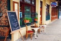 一个咖啡馆在Pensacolas历史的塞维利亚区 免版税库存照片