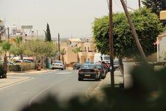 从一个咖啡馆的城市视图在塞浦路斯 免版税库存图片