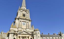 一个哥特式大教堂的门面 免版税图库摄影