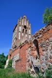 一个哥特式教会的废墟 免版税库存照片