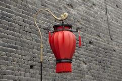 一个唯一红色中国灯笼 免版税库存图片