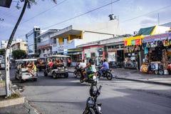 一个商业交叉点的看法在圣安德烈斯,哥伦比亚 库存照片