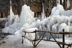 从一个喷泉的冰层在娜米海岛,韩国 免版税库存照片