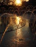 一个喷泉的椭圆在克利夫兰` s新的广场-俄亥俄-美国 免版税库存图片