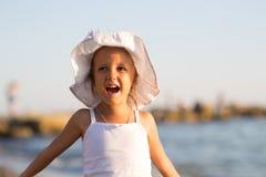 一个四岁的女孩的画象 免版税库存照片