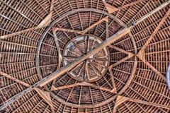 一个圆的谷仓的屋顶 免版税库存照片