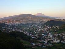 一个城市的全景特内里费岛的 免版税库存图片