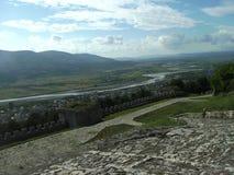 从一个堡垒的看法在培拉特,阿尔巴尼亚镇  免版税图库摄影