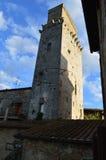 一个塔房子在圣吉米尼亚诺,意大利 图库摄影