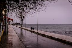 一个夏天镇在一个雨天 库存图片