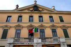一个大厦的东部门面在里维埃拉圣Benedetto在帕多瓦在威尼托(意大利) 免版税库存照片