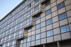 一个大厦的看法在米兰 免版税图库摄影