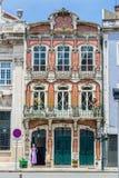 一个大厦的艺术装饰门面在阿威罗,葡萄牙 免版税库存照片