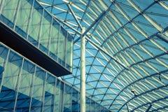 一个大厦的建筑细节在主人的2013年在米兰,意大利 免版税库存照片