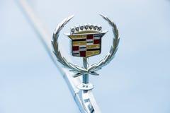 一个大型豪华汽车卡迪拉克de Ville系列的象征 免版税库存图片