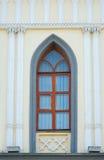 一个大教堂的被装饰的窗口尖拱哥特式样式的 免版税库存照片
