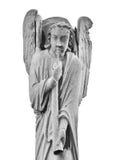 一个天使的雕塑在Notre Dame大教堂的屋顶的  免版税库存照片