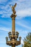 一个天使的雕象在Rudolfinum音乐厅前面的PR的 库存图片