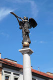 一个天使的雕象在Uzupio,维尔纽斯,立陶宛的 库存图片