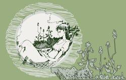 一个女孩的剪影吊床的 免版税库存照片