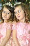 一个女孩的反射镜子的 库存照片