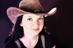 一个女孩的纵向帽子的 免版税库存图片