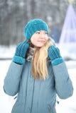 一个女孩的画象在冬天 免版税图库摄影