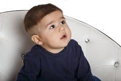 一个孩子的画象椅子的 库存照片