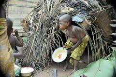 一个孩子的画象从侏儒鲍卡部落的  库存照片