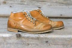 一个对老鞋子 库存照片