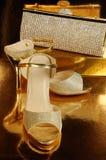 一个对金鞋子 免版税库存图片