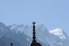 一个寺庙屋顶在喜马拉雅山 库存照片