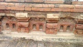 一个寺庙的废墟在鹿野苑的在瓦腊纳西 免版税库存图片