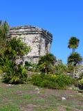 一个寺庙的看法在Tulum的在墨西哥 库存照片