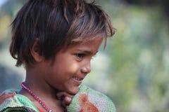 一个小地痞孩子的画象 无家可归的孩子 库存图片