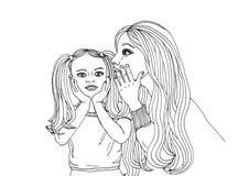 一个小女孩的母亲耳语秘密入耳朵 图库摄影