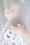 一个小女孩的画象滤网的薄纱 免版税图库摄影