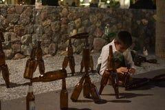 一个小孩展示 免版税库存照片