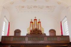 一个小教会的内部 图库摄影