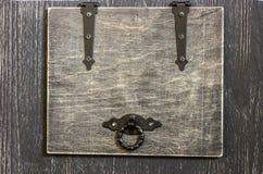 一个小木箱 免版税库存照片