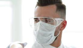 一个小组的特写镜头医生外科医生 图库摄影