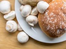 Buttom蘑菇 免版税图库摄影