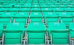 一个小组空位或椅子在体育场、剧院或者conxert内 免版税图库摄影