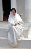 一个少妇的画象历史服装的 免版税库存图片