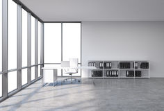 一个工作场所在有拷贝空间的一个现代壁角全景办公室在窗口里 有膝上型计算机的,白革的椅子一张白色书桌 向量例证