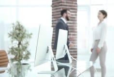 一个工作场所的被弄脏的图象在办公室 另外的背景企业格式 库存照片