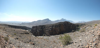 一个干旱的多山风景 库存照片