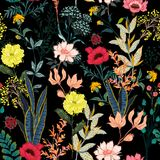一个庭院充分夜在许多的开花的花亲切的弗洛尔 库存例证